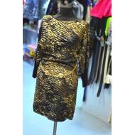 Золотое женское платье